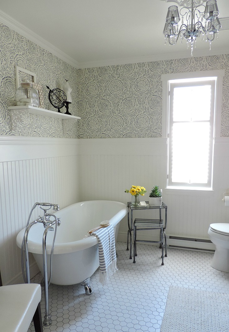 bathroom refresh, makeover, wallpaer, claw foot tub