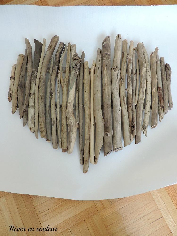 Fabriquer Un Coeur En Bois En Decoration Murale Rever En Couleur