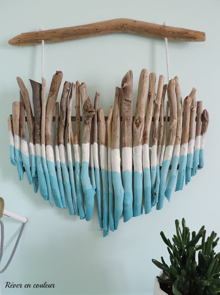 DIY- wall decoration painted wood heart with a gradient of colors