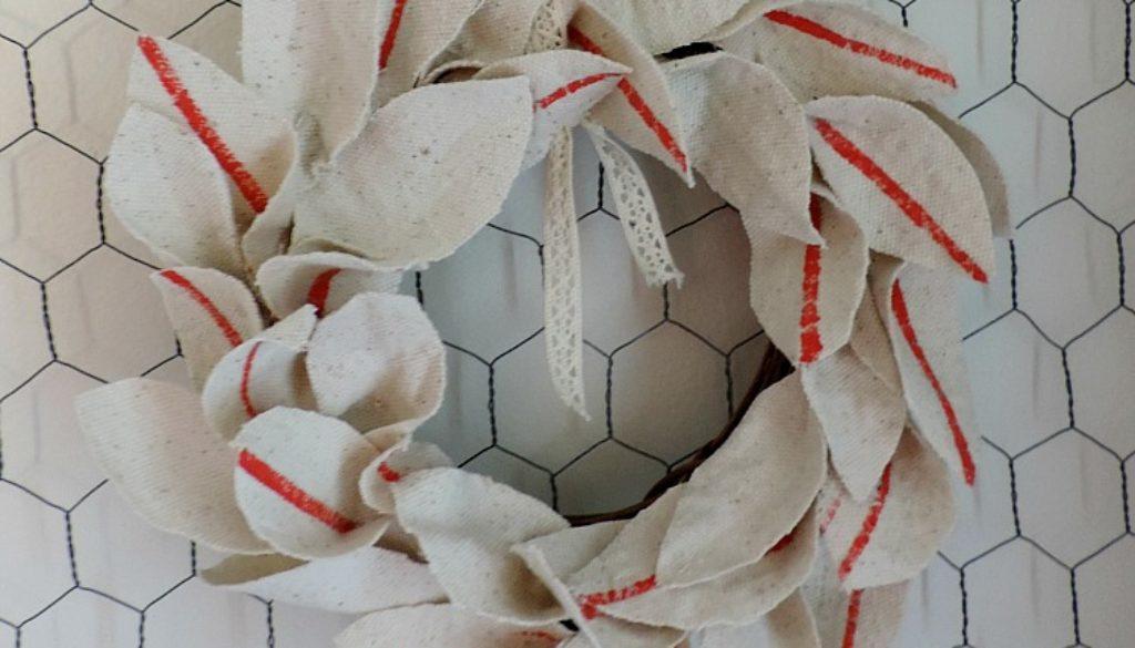 Faux grain sack wreath DIY