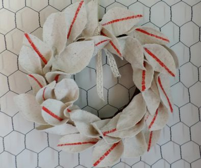 Faux grain sack wreath DIY