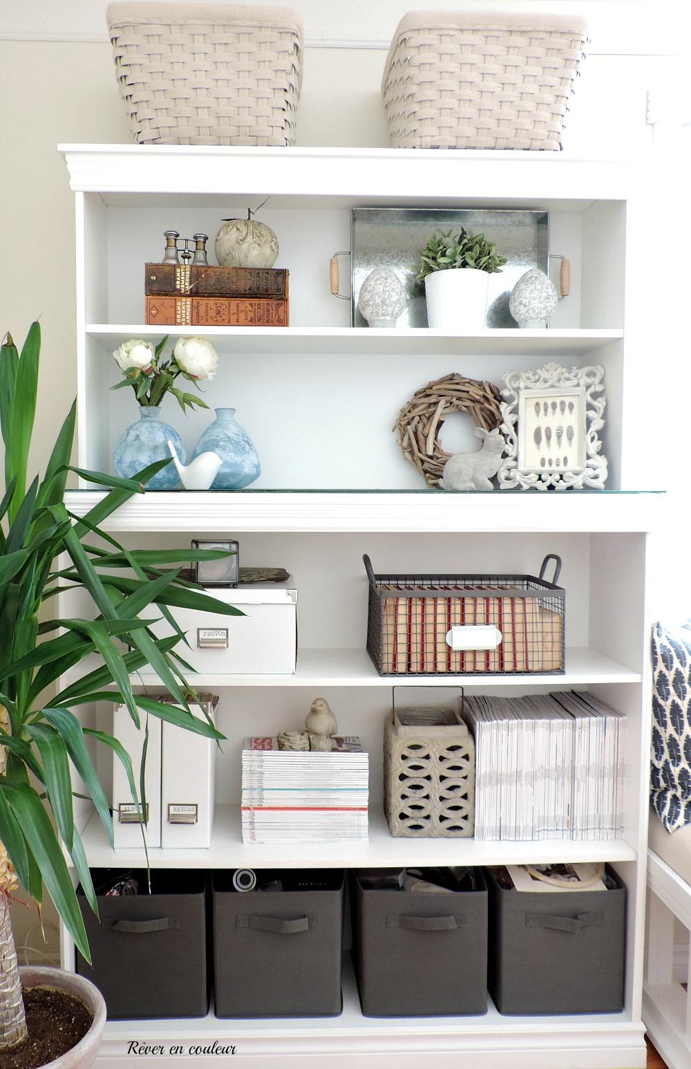 banc sous fenetre les cuisines linda goulet ventes et duarmoires de la crche en jaune avec un. Black Bedroom Furniture Sets. Home Design Ideas